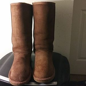 Women's UGG #5815 Brown Leather Tall classic  sz 7